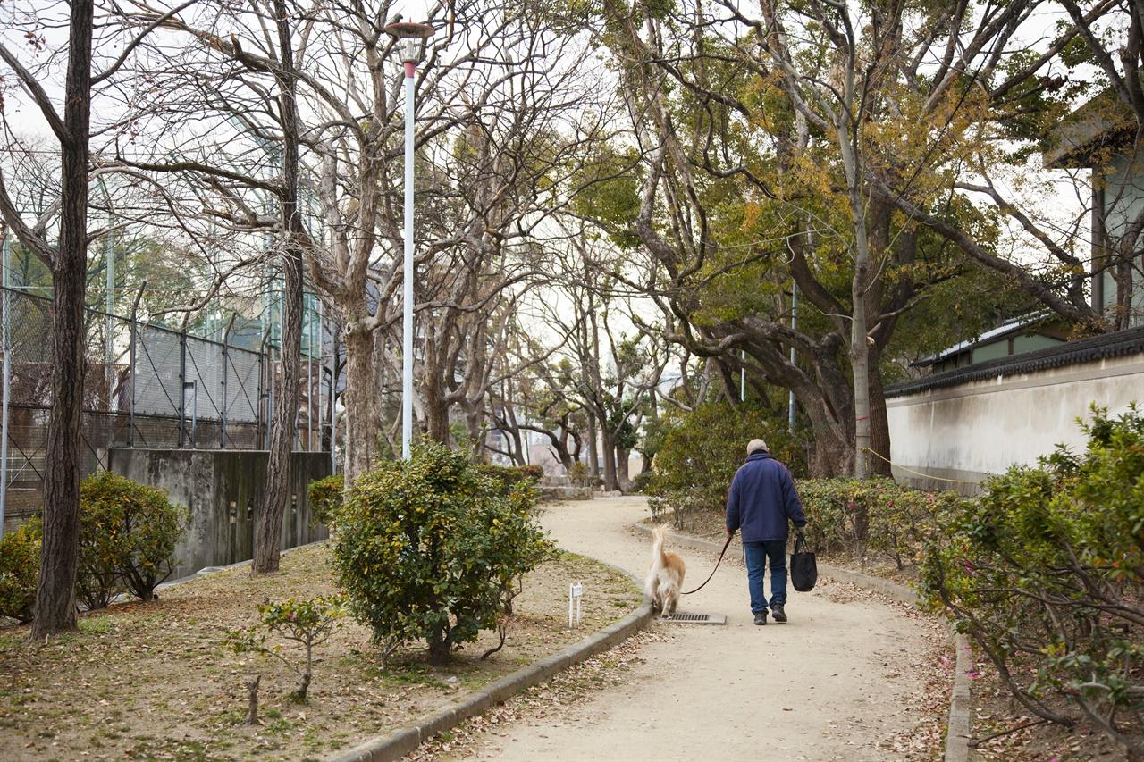 이쿠타마 지하벙커가 있는 이쿠타마 공원 지하벙커가 있는 이쿠타마 공원 입구