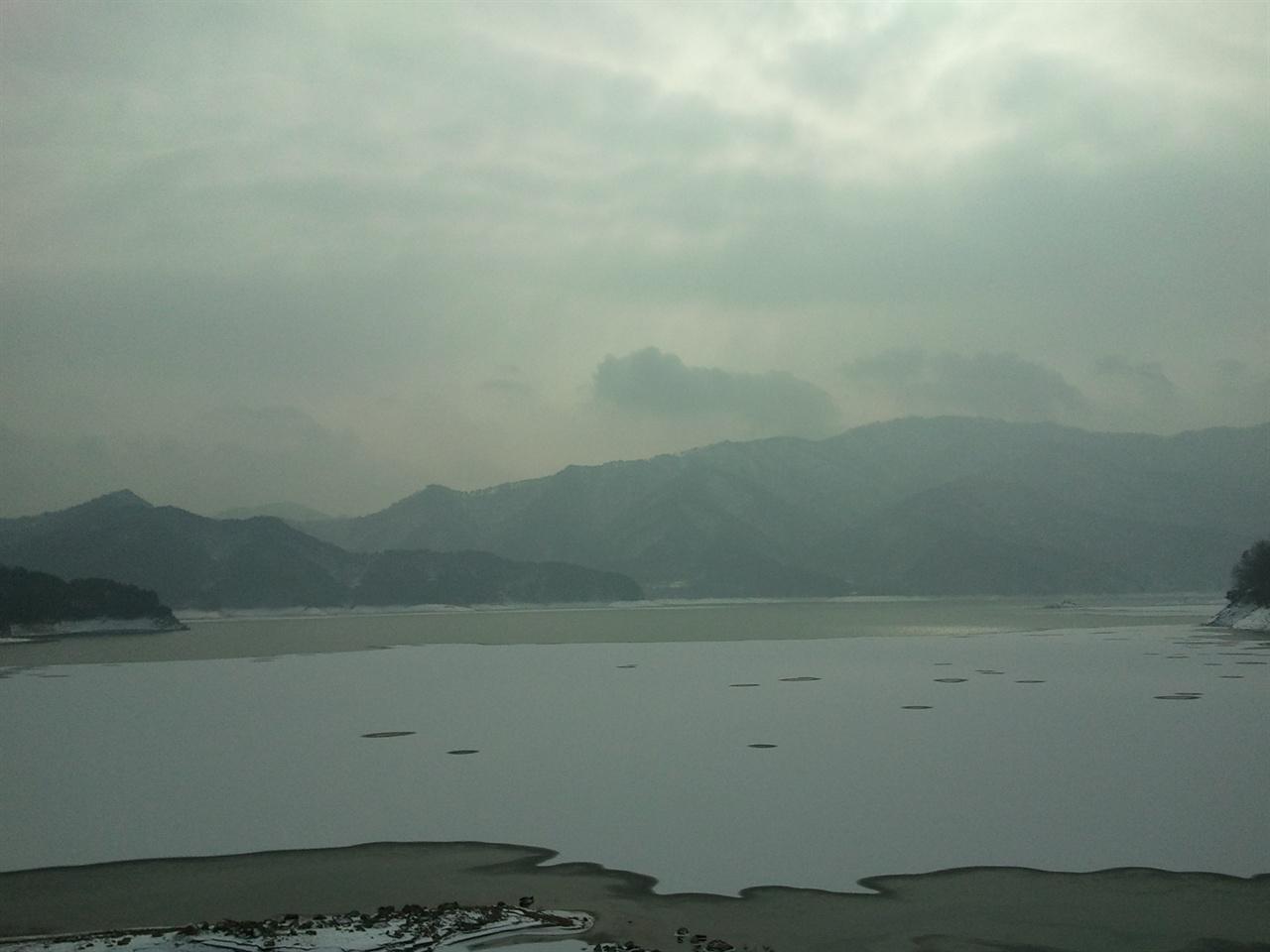 파로호 사계 - 겨울 동촌리의 대붕호