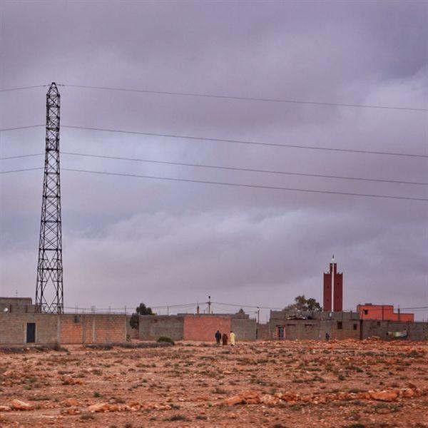 모로코의 시골 전경. 아무리 작은 동네라도 이슬람 사원은 꼭 있었다.