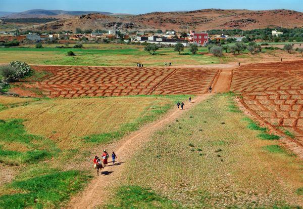 모로코 농촌의 초등학생들