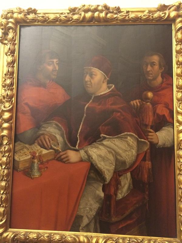 교황 레오 10세와 두 명의 추기경   가운데 인물이 레오 10세(조반니 데 메디치) 교황이다. 라파엘로의 작품, 우피치 미술관.