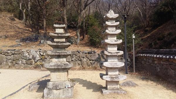 오백전 옆에 5층 석탑과 7층 석탑이 나란히 서있다. 5층 석탑은 고려 시대 때 만들어졌다. 7층 석탑은 조선시대의 것이다