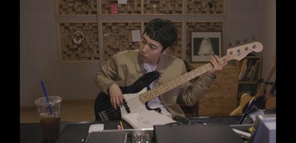장범준 '당신과는 천천히' 뮤직비디오의 한 장면