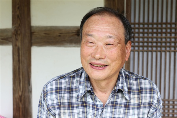 김광언의 증손자 김태권 어르신. 교사로 일하다 퇴직한 김 어르신은 평일엔 보성 쇠실마을의 집에서, 주말엔 광주에서 생활하고 있다.