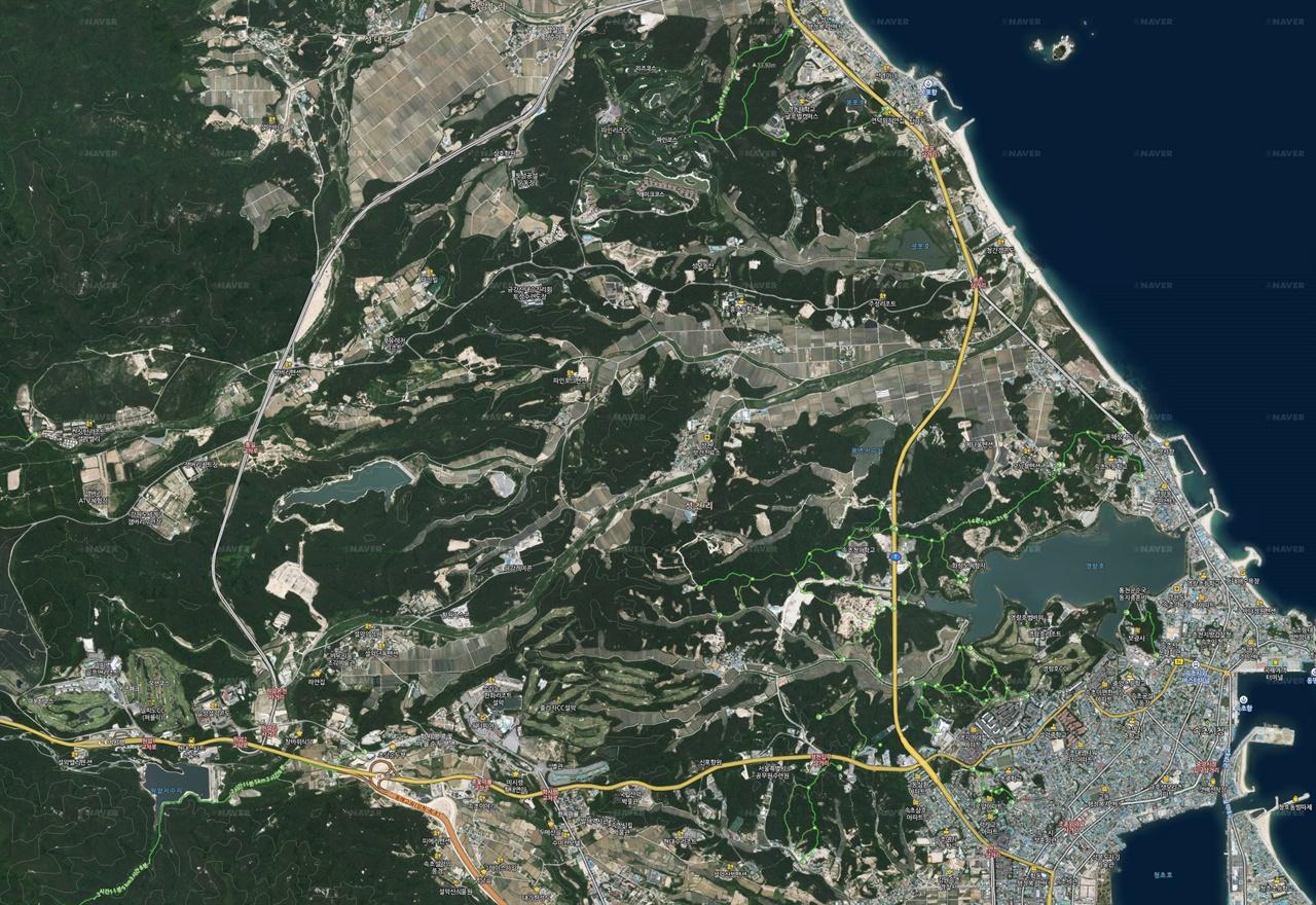 지도3 산림청이 제작해 배포한 고성산불 피해지역과 대조하기 쉽게 지도1에서 필요없는 범위를 잘라냈다.