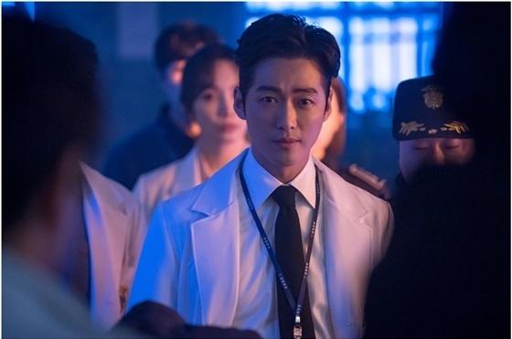 <닥터 프리즈너>의 나이제 역을 맡은 남궁민