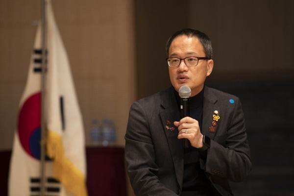 4월 11일 은평시민과 함께하는 세월호 5주기 기념행사에서 발언하고 있는 박주민 의원.