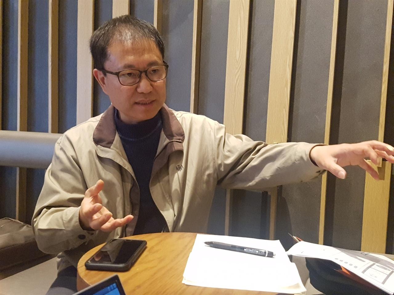 """""""장애의 벽을 허무는 사람들"""" 김철환 활동가"""