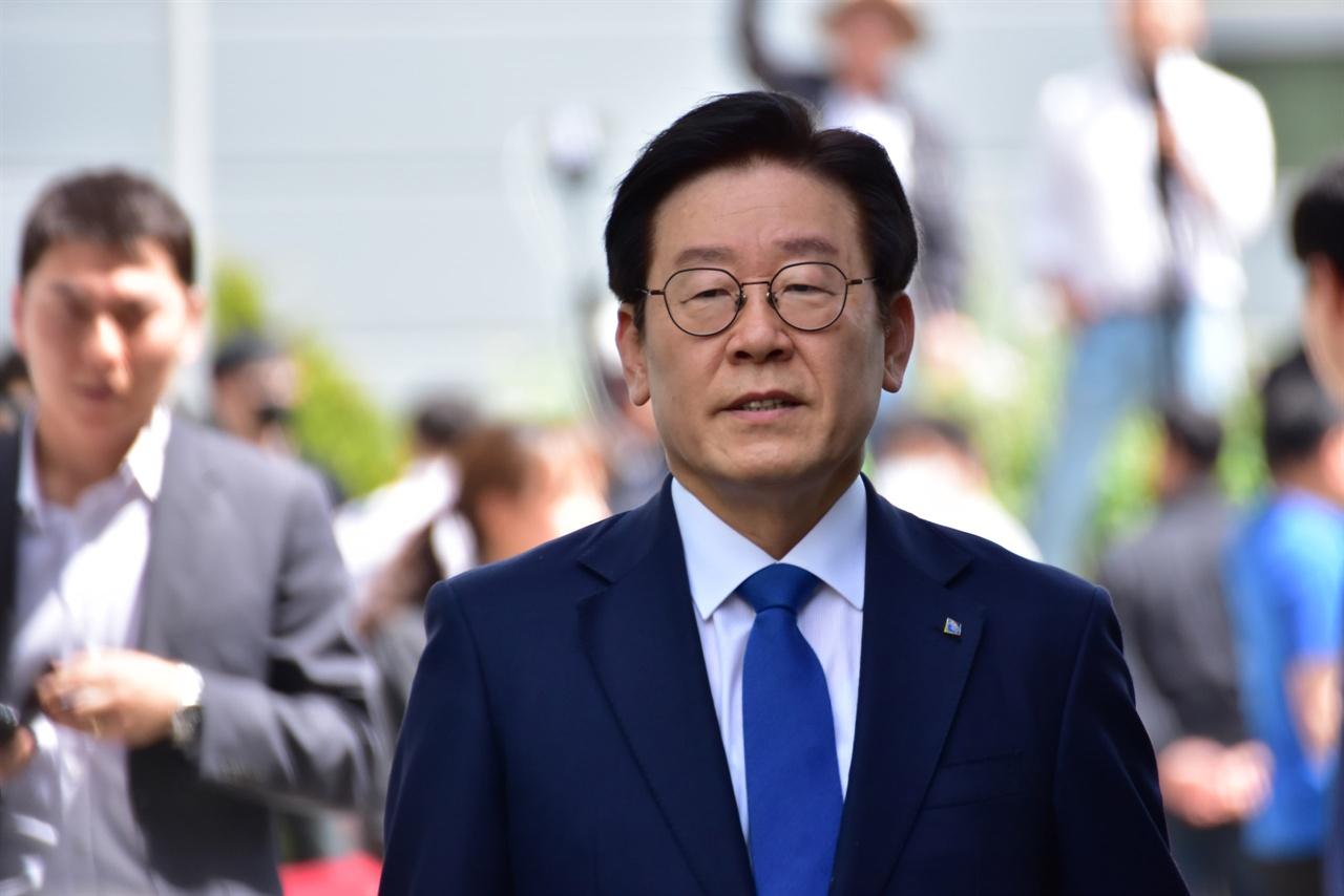 19차 공판에 출두하는 이재명 경기지사