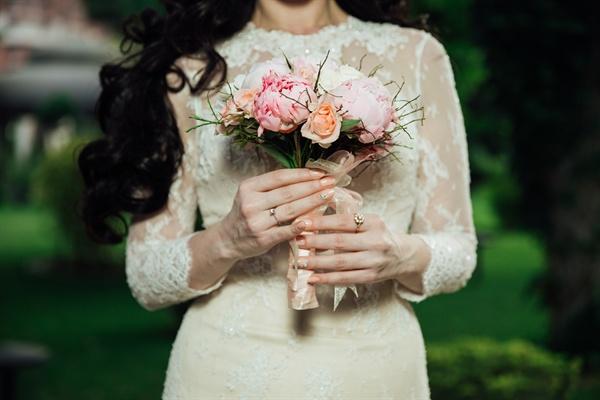 지금 내가 행복하다고 느끼는 순간들의 이유는 단순히 결혼 덕분이 아니다. 또한 우리가 싸우거나 힘든 순간의 이유 역시 결혼 때문이 아니도록 노력하려고 한다.