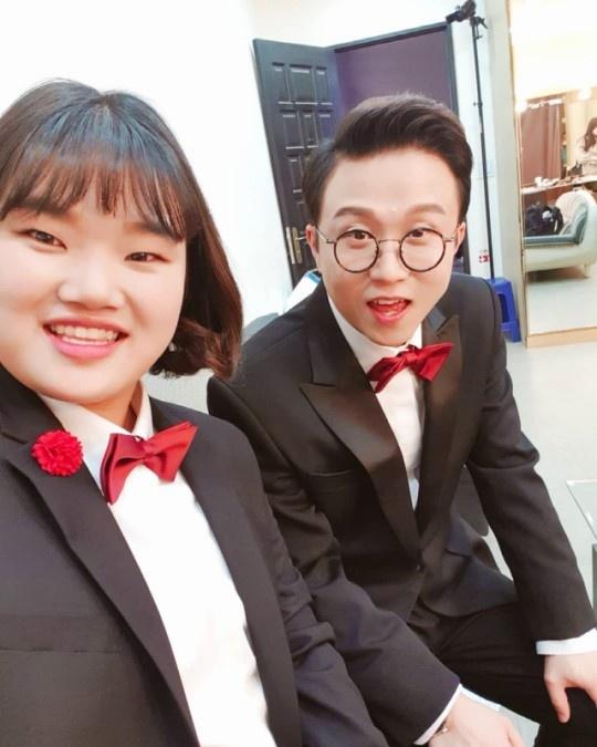MBC 예능 <전참시>로 시청자들의 사랑을 받았던 임송 매니저가 회사에 사표를 제출하면서 프로그램에서도 하차하게 되었다.