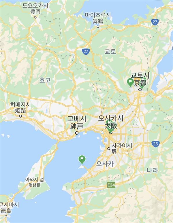 간사이 지방의 도시 오사카, 교토, 나라, 고베, 히메지시는 인접해 있다.
