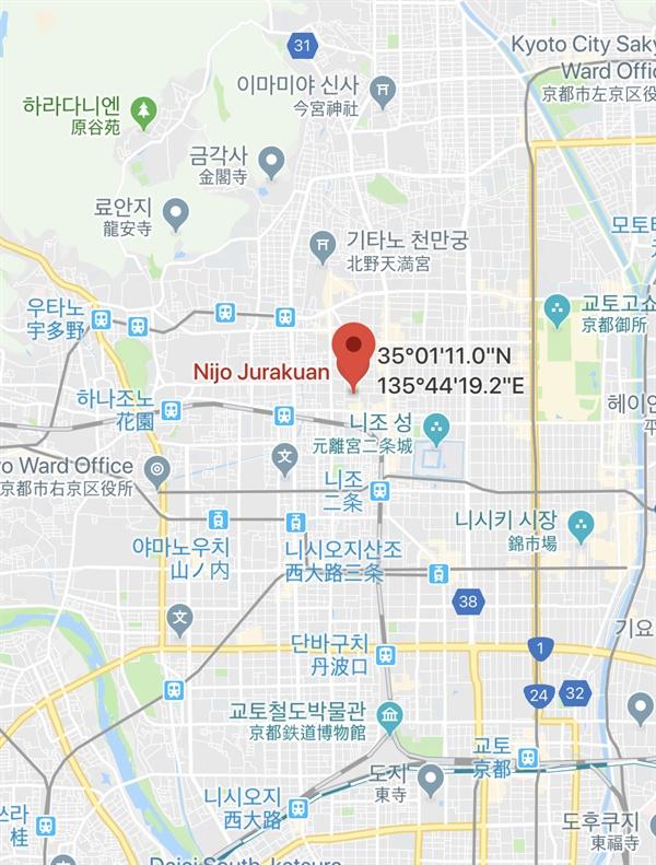 숙소의 위치 숙소는 금각사, 료안지, 교토 역 등 주요 관광지에 접근성이 좋은 곳으로 정했다.