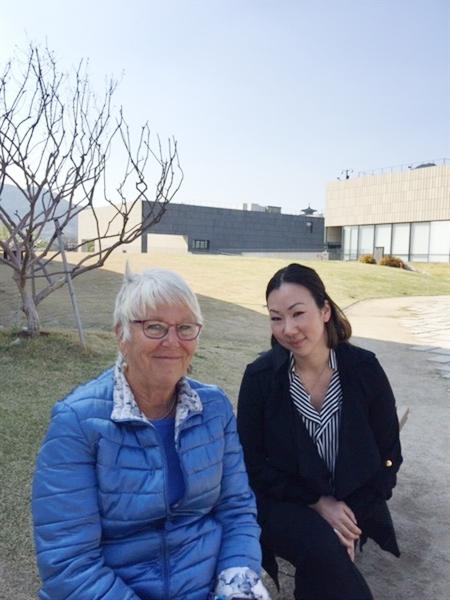 엄마와 딸 지난 4월 엄마와 고국을 방문한 새라