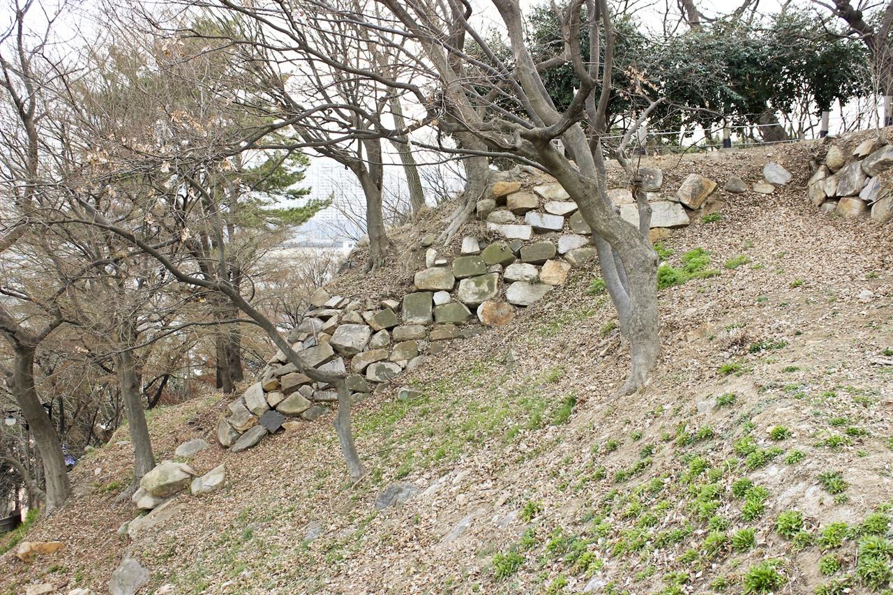 울산에 남아있는 '일본 성' 학성의 모습.