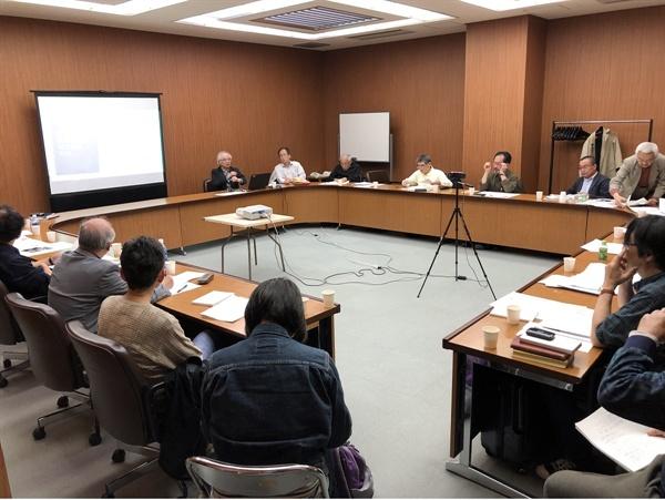 류코쿠대학 안중근 동양평화연구센터  도츠카 선생님 초청강연 모습입니다.