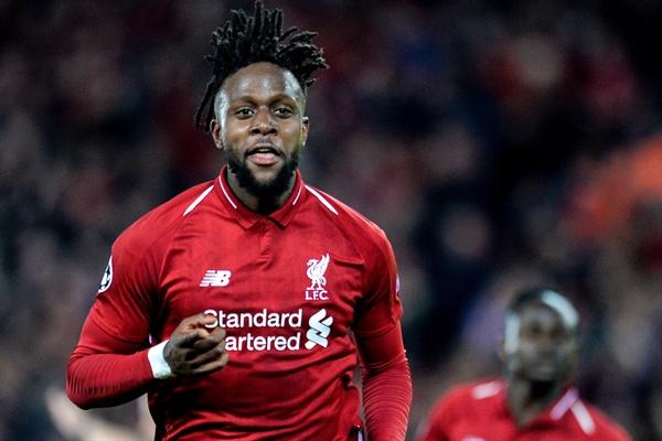 7일(현지 시각) 영국 리버풀 안필드에서 열린 리버풀FC와 FC 바르셀로나의 2018-2019 UEFA 챔피언스 리그 4강 2차전에서 리버풀 디보크 오리기 선수가 두번째 골을 성공시킨 뒤 자축하고 있다.