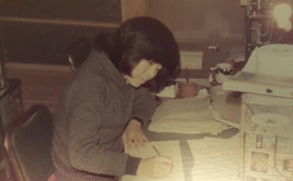 삼십대의 작가 윤정모  대중작가에서 참여작가로