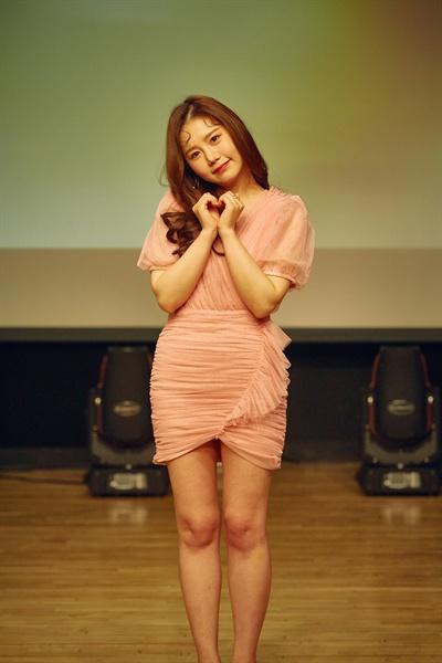 송하예 가수 송하예가 3년 만에 신곡 발라드 '니 소식'을 발표하고 컴백했다.