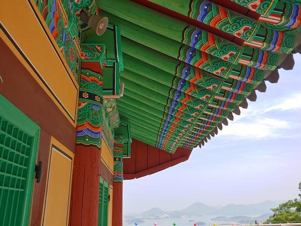여수팔경중 하나인 한산사의 모습