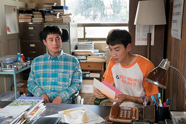 영화는 장애인의 독립화 주체화 구체화를 꾀했다. 영화 <나의 특별한 형제>의 한 장면.