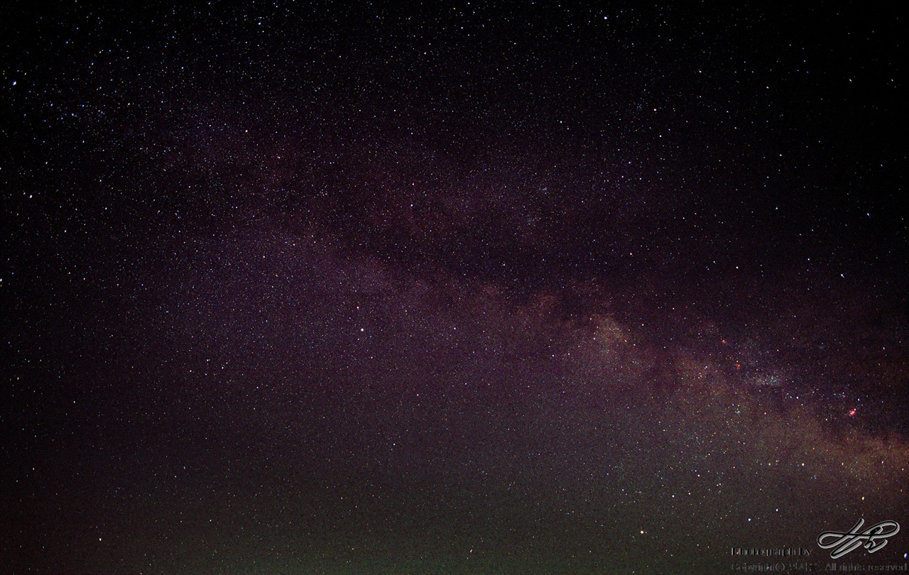 길게 늘어선 우리은하의 별들 (Portra800/F4/노출 20분)