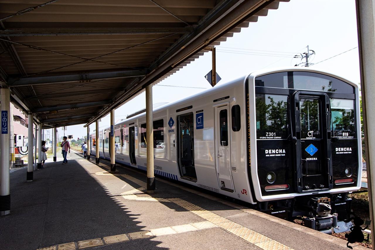 JR 사이토자키 행(西?崎線) 열차 우리가 우미노나카미치 해변공원까지 탔던 열차다.