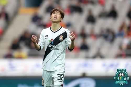 한국프로축구연맹 2019 FA컵 16강전에서 1골 1도움을 기록하며 맹활약을 펼친 경남 이영재