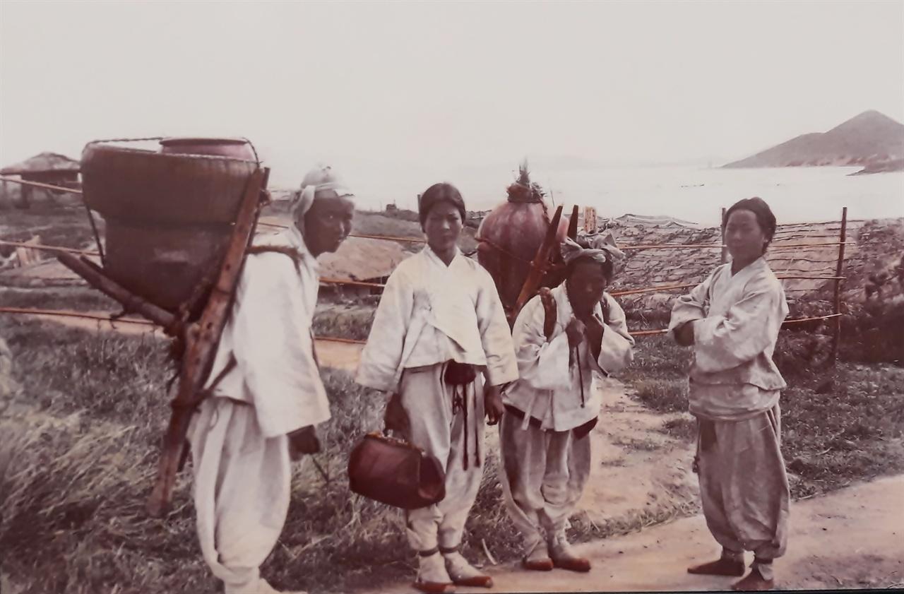 120여 년 전 군산 주민들 모습