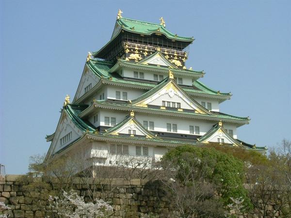 도요토미 히데요시가 축성을 지시한 일본 오사카성