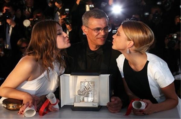 칸영화제 2013년 칸에서 황금종려상을 받은 압둘라티프 케시시 감독.