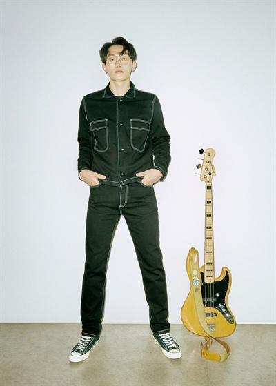 브로콜리너마저 밴드 브로콜리너마저가 9년 만에 정규 앨범 <속물들>을 발표했다. 이를 기념해 지난 21일 오전 서울 서교동의 한 카페에서 앨범 작업기에 관해 이야기 나누는 인터뷰를 진행했다.