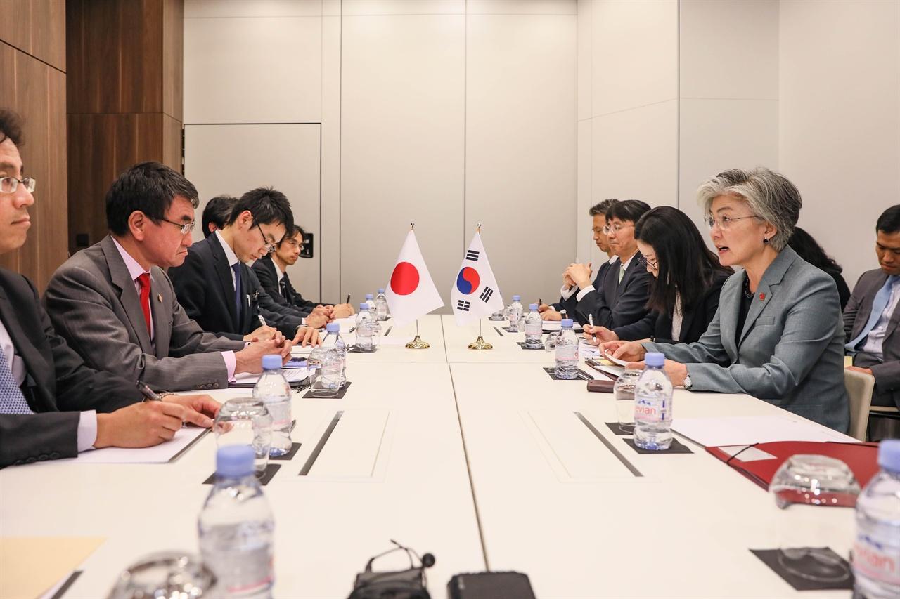외교장관 회담('19.5.23.) (출처: 외교부 홈페이지)