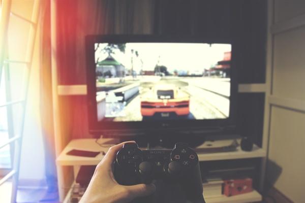 최근 WHO가 국제질병분류(ICD-11) 개정에서 게임사용장애(Gaming Disorder)를 질병으로 분류하기로 결정했다.