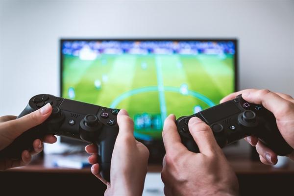 WHO가 국제질병분류(ICD-11) 개정에서 게임사용장애(Gaming Disorder)를 질병으로 분류하기로 결정했다