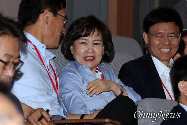 밝은 표정의 김순례 자유한국당 김순례 의원이 31일 오후 충남 천안시 우정공무원연수원에서 열린 국회의원·당협위원장 연석회의에 참석하고 있다.