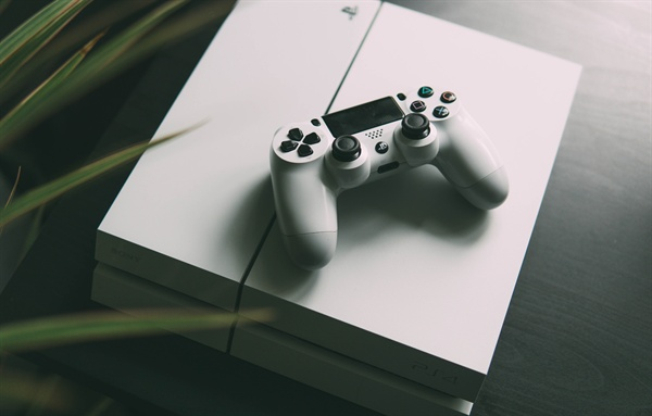 나는 남편에게 '나와 우리 생활을 위한 시간과 게임을 하는 시간을 명확하게 분리해 달라'고 다시 요청했다.