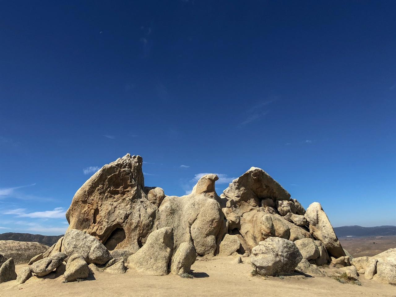 Eagle Rock 워너스 스프링스(Wanners Spings) 직전에 독수리 형상으로 유명한 바위