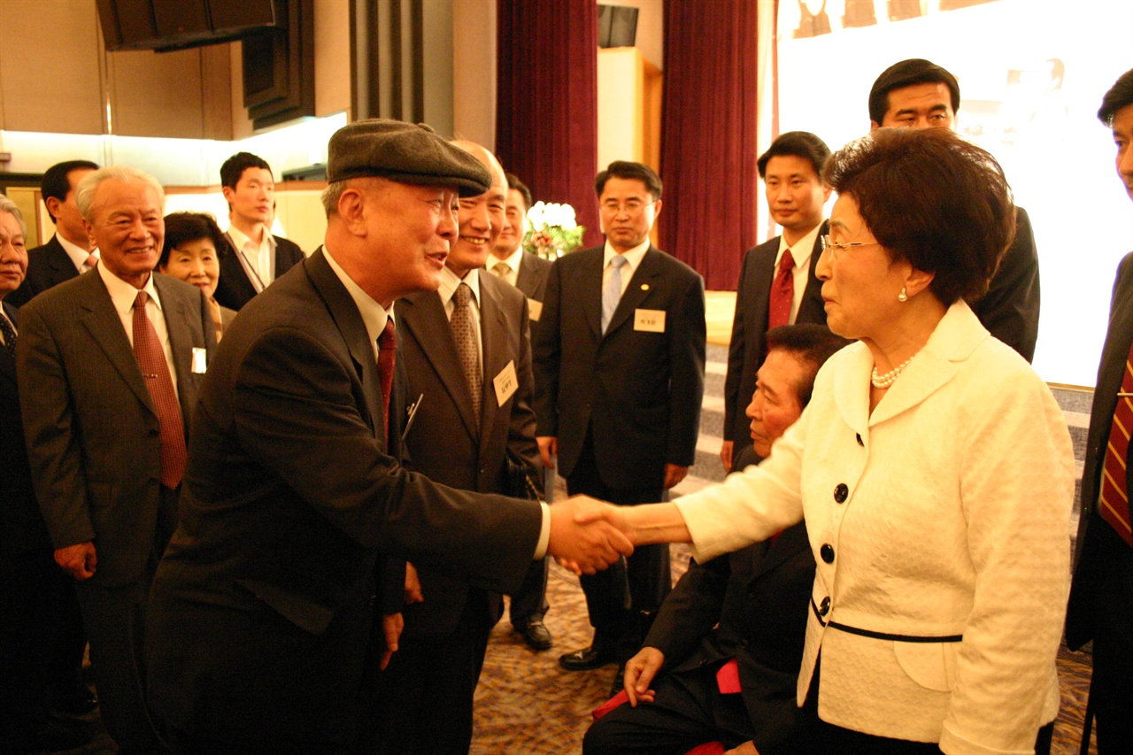 2008. 11. 11. <동행> 출판기념회 날.