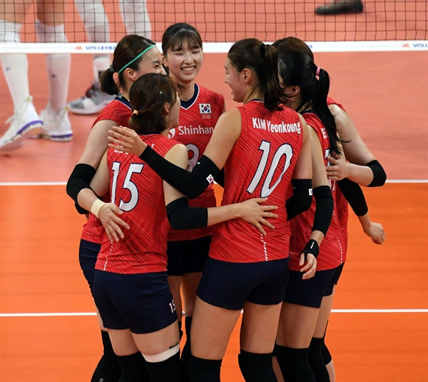 한국 여자배구 대표팀 경기 모습... 2019 VNL 한국-러시아 (2019.6.11)