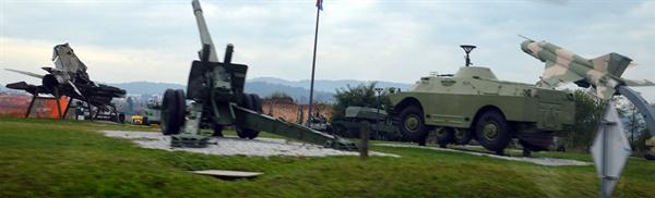 독립전쟁 박물관. 내전을 겪고 독립을 쟁취한 크로아티아 군의 무기들이 전시되어 있다.