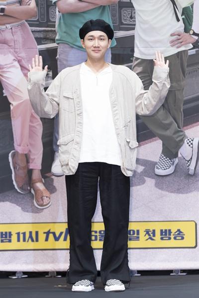 18일 서울 신도림동 라마다호텔에서 열린 tvN <더 짠내투어> 제작발표회에 참석한 이용진.
