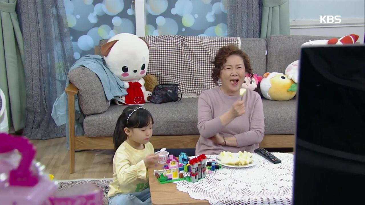 <세상에서 가장 예쁜 내딸>의 친정엄마 박선자(김혜숙). 자식을 위해서라면 무엇이든 하는 헌신적인 엄마다.