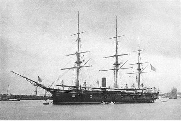 트렌턴(Trenton)호 1883년~1884년 조지 포크와 한국인이 승선한 미해군 군함