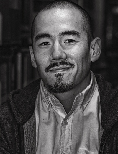 위안부 문제를 다룬 영화 <주전장>의 미키 데자키 감독