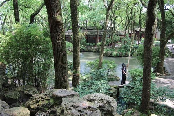 천일각 정원