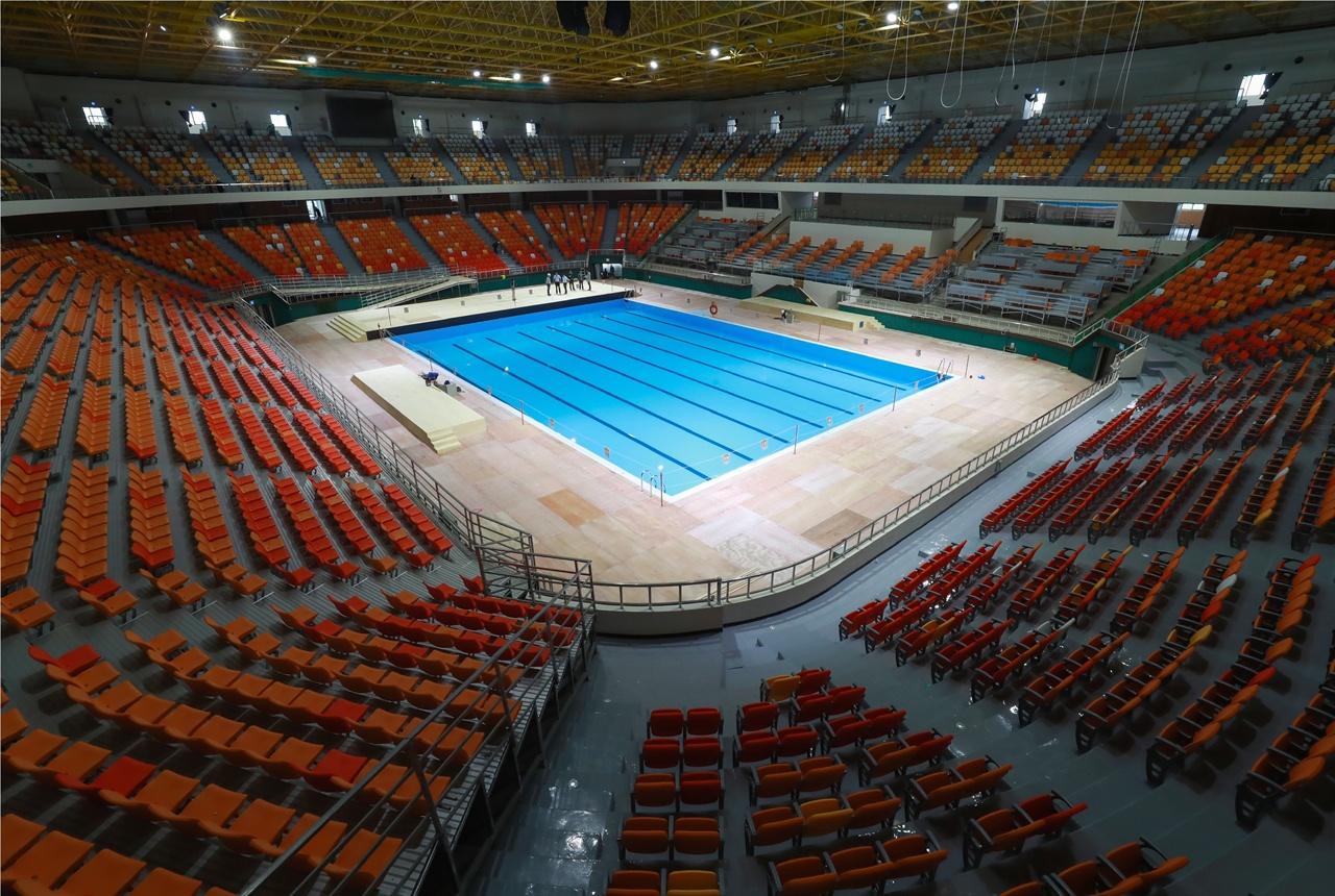 아티스틱 수영 경기가 열리는 염주체육관의 모습.