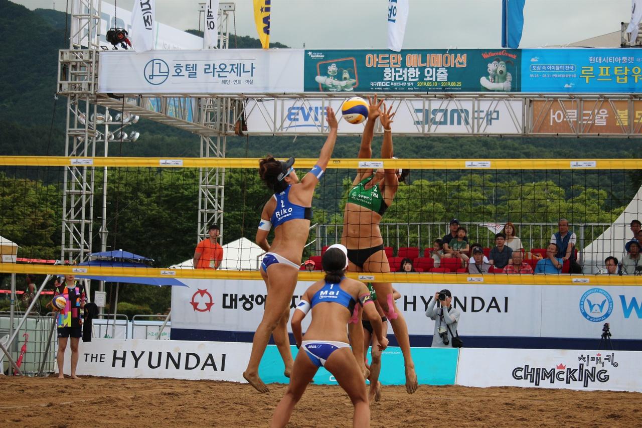 첫날 태국과 일본의 경기 모습 첫날 펼쳐진 태국(녹색)과 일본(파란)과의 경기가 펼쳐졌다.