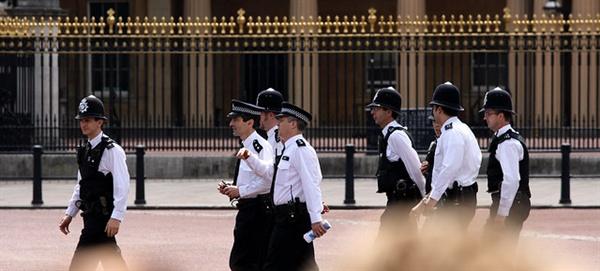 영국 자치경찰제도는 기본적으로 지방자치단체장이 지역경찰청장의 인사, 지역경찰예산의 감사에는 직접적으로는 관여하지 못하게 함으로써 지역경찰 사무의 지방자치단체장으로부터의 독립성도 매우 비중있게 고려하고 있다.