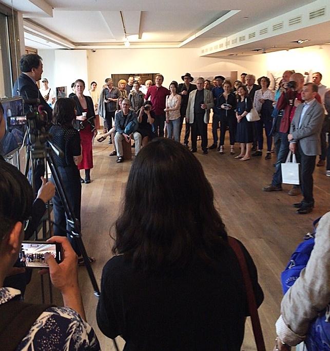 지난 18일 오후 7시 열린 개막행사에는 300여 명의 시민들이 참여해 높은 관심을 보였다.국내 작가 김진란, 정윤선, 추수(Tzusoo)와 중국의 유양 리우, 독일의 클라우디아 슈미츠, 이탈리아의 수잔나 쇤베르그 등 6명의 작가가 참여했다.